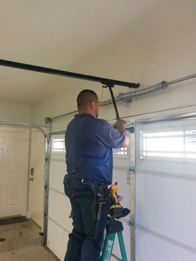 Garage Door Services  in Illinois